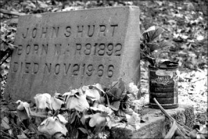 John Hurt's grave in Avalon, MS