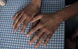 Comedor.Hands.